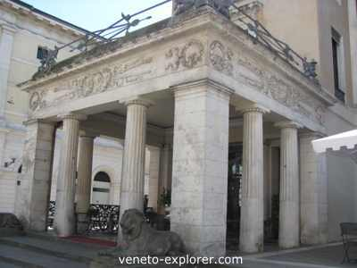 Padua Italy, Pedrocchi caffe